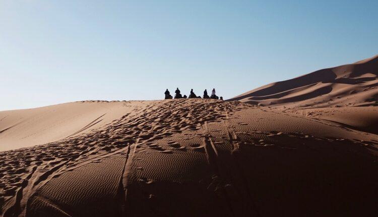 Khutbah Idul Adha 1437 H 2017 Empat Pelajaran dari Kisah Nabi Ibrahim AS dan Keluarganya