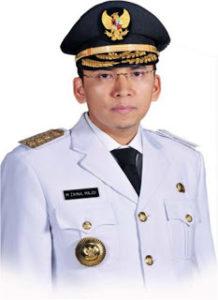 Profil Gubernur Termuda Banyak Prestasi Asal NTB Tuan Guru Bajang