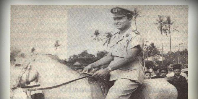 Biografi Pahlawan Komjen (Pol) Dr H Moehammad Jasin