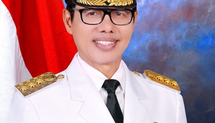 Biografi Irwan Prayitno Gubernur Sumatera Barat ke-10