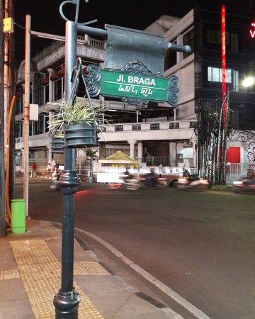 Wisata Bandung 2019 Jalan Braga