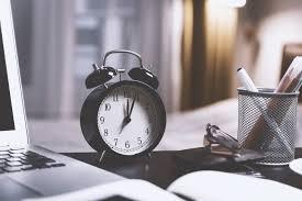 Perbedaan Sistem Waktu Ante Meridiem (AM) dan Post Meridiem (PM)