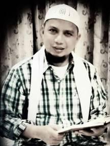 Biografi Singkat Ustadz Muhammad Arifin Ilham
