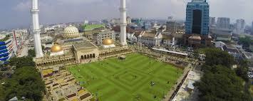 Wisata Bandung Masjid Agung dan Alun-Alun
