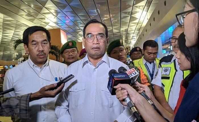Biografi Menteri Perhubungan Budi Karya Sumadi, Positif Corona